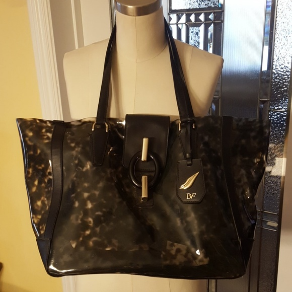 Diane Von Furstenberg Bags   Stunning Dvf Black Tortoiseshell Pvc ... 97c39d533e